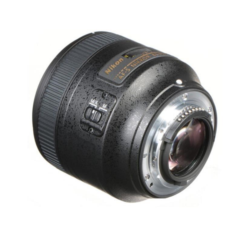 nikon af-s nikkor 85mm f/1.8g lens2