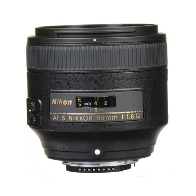 nikon af-s nikkor 85mm f/1.8g lens3