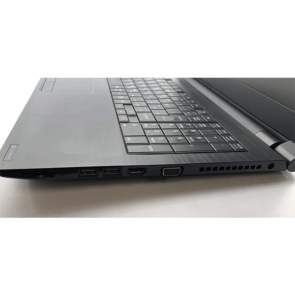 Toshiba Dynabook B45/G intel Corei5 7th generation ,15.6 Inches RAM4 GB,500 GB  Hard Drive3